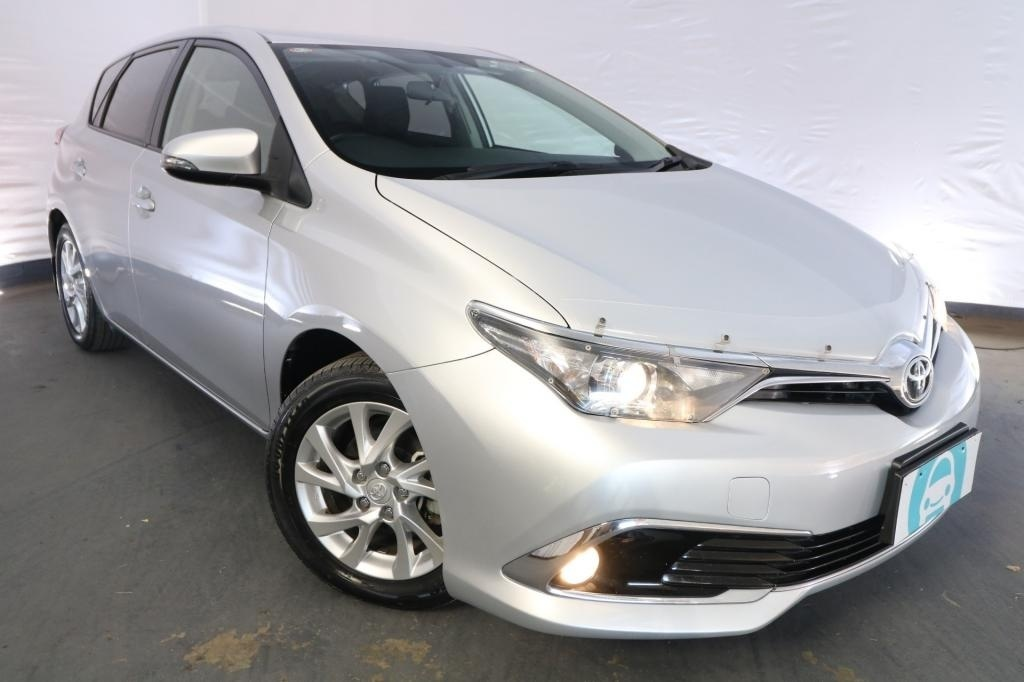 2015 Toyota Corolla ASCENT SPORT ZRE182R / 6 Speed Manual / Hatchback / 1.8L / 4 Cylinder / Petrol / 4x2 / 5 door / October release OHB15A