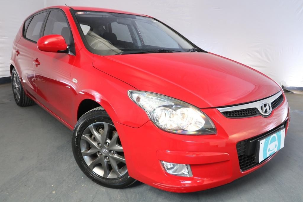 2011 Hyundai i30 SLX FD MY11 / 4 Speed Automatic / Hatchback / 2.0L / 4 Cylinder / Petrol / 4x2 / 5 door / Model Year '11 July release KUW11A