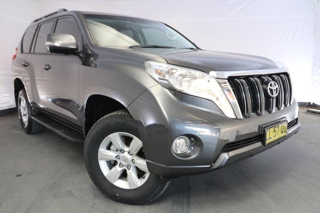 2016 Toyota Landcruiser PRADO GXL GRJ150R MY16 / 6 Speed Automatic / Wagon / 4.0L / 6 Cylinder / Petrol / 4x4 / 4 door / Model Year '16 September release TJB16A