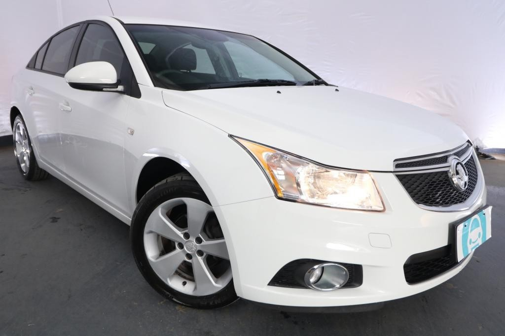2013 Holden Cruze EQUIPE JH MY14 / 6 Speed Automatic / Sedan / 1.8L / 4 Cylinder / Petrol / 4x2 / 4 door / Model Year '14 March release P2P13C