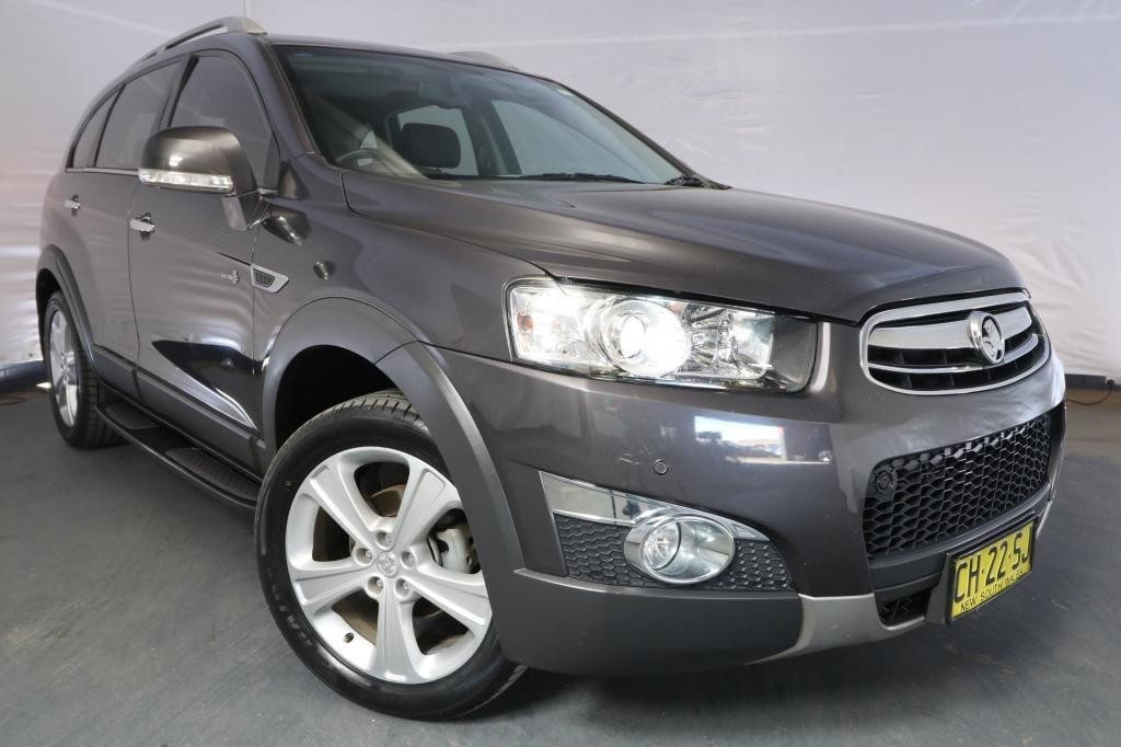 2013 Holden Captiva 7 LX CG MY12 / 6 Speed Automatic / Wagon / 3.0L / 6 Cylinder / Petrol / 4x4 / 4 door / Model Year '12 June release NSY13A
