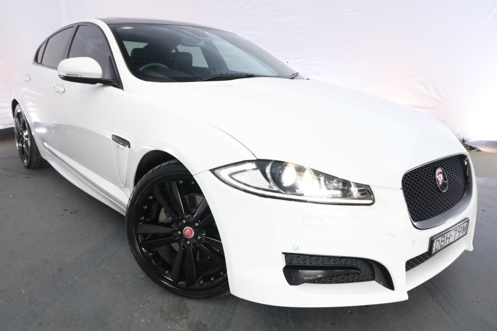 2015 Jaguar XF 2.0 R-SPORT MY15 / 8 Speed Automatic / Sedan / 2.0L / 4 Cylinder TURBO / Petrol / 4x2 / 4 door / Model Year '15 February release SJ615B