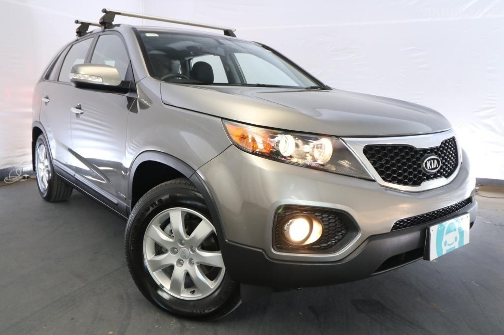 2010 Kia Sorento Si XM / 6 Speed Automatic / Wagon / 2.2L / 4 Cylinder TURBO / Diesel / 4x4 / 4 door / October release JVG10A
