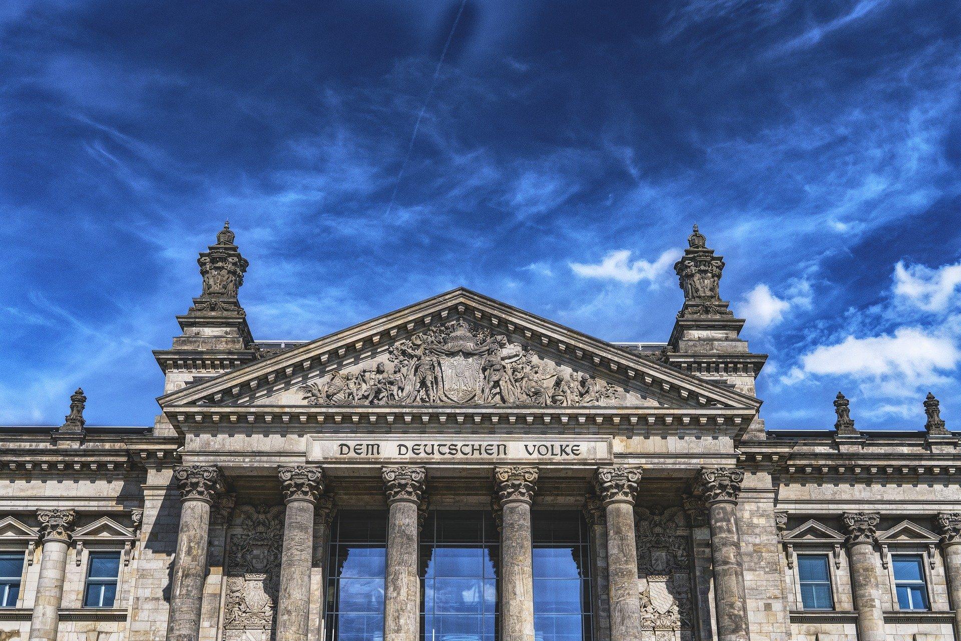Schützt ein Graben den Reichstag vor Terrorangriffen?