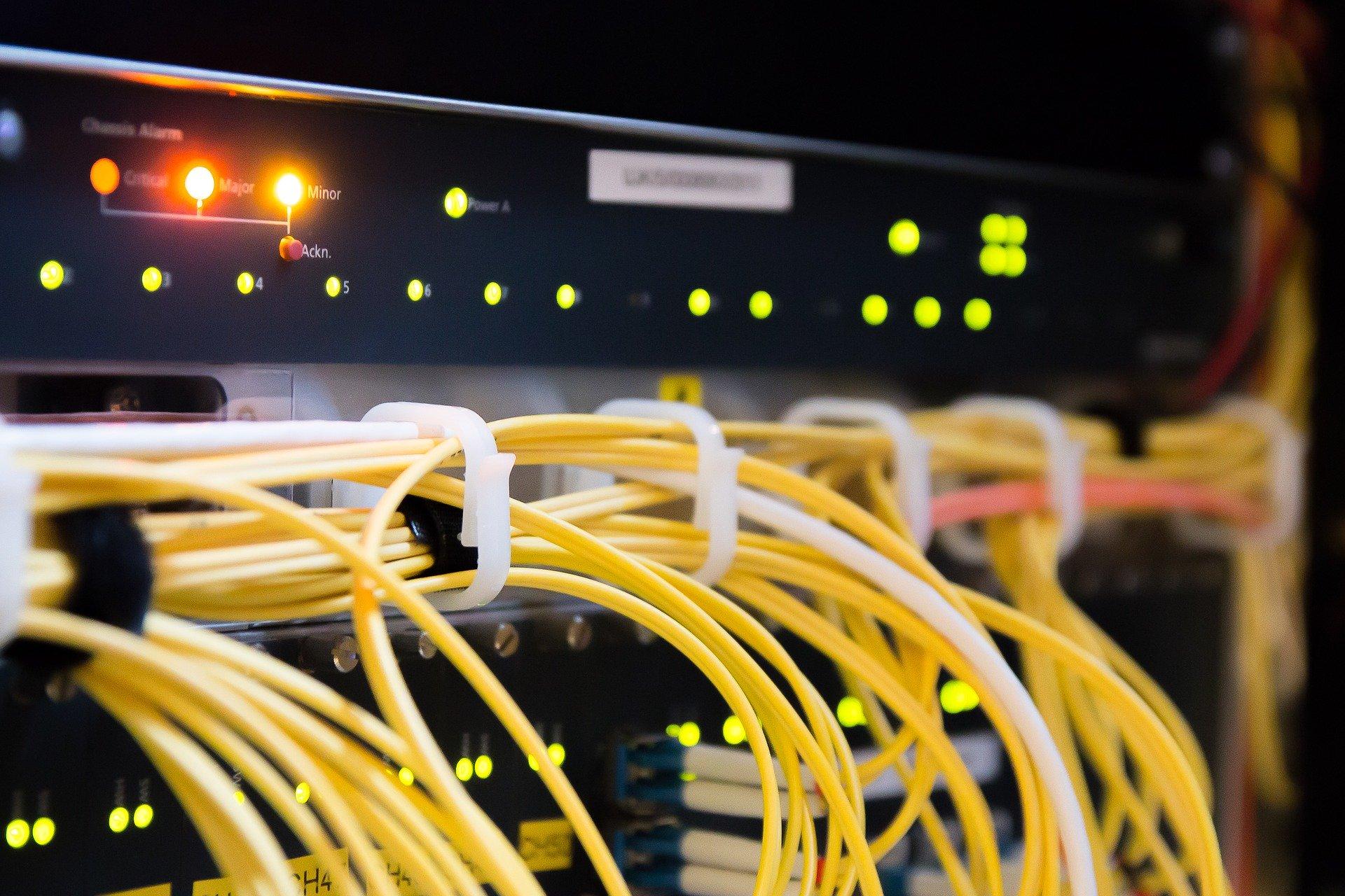 Schnelles Internet: Breitband-Ausbau kommt nur schleppend voran