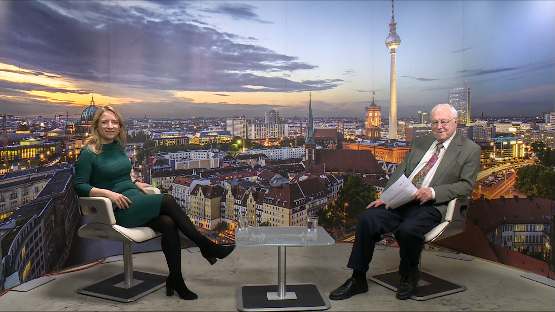 """Bei """"TV Berlin"""": Daniela Kluckert: """"Tegel muss offen bleiben"""""""