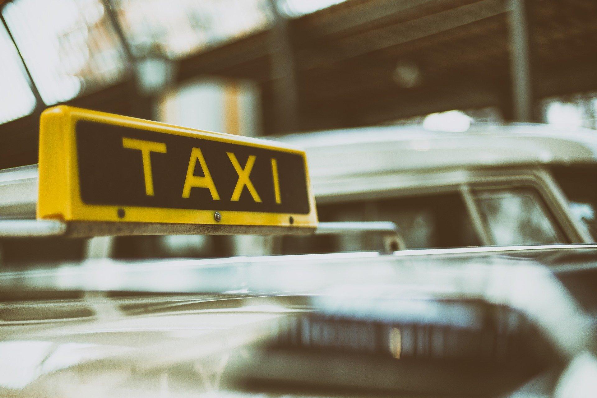 Gesetzentwurf: Viel Kritik an geplanter Reform des Fahrdienstmarktes