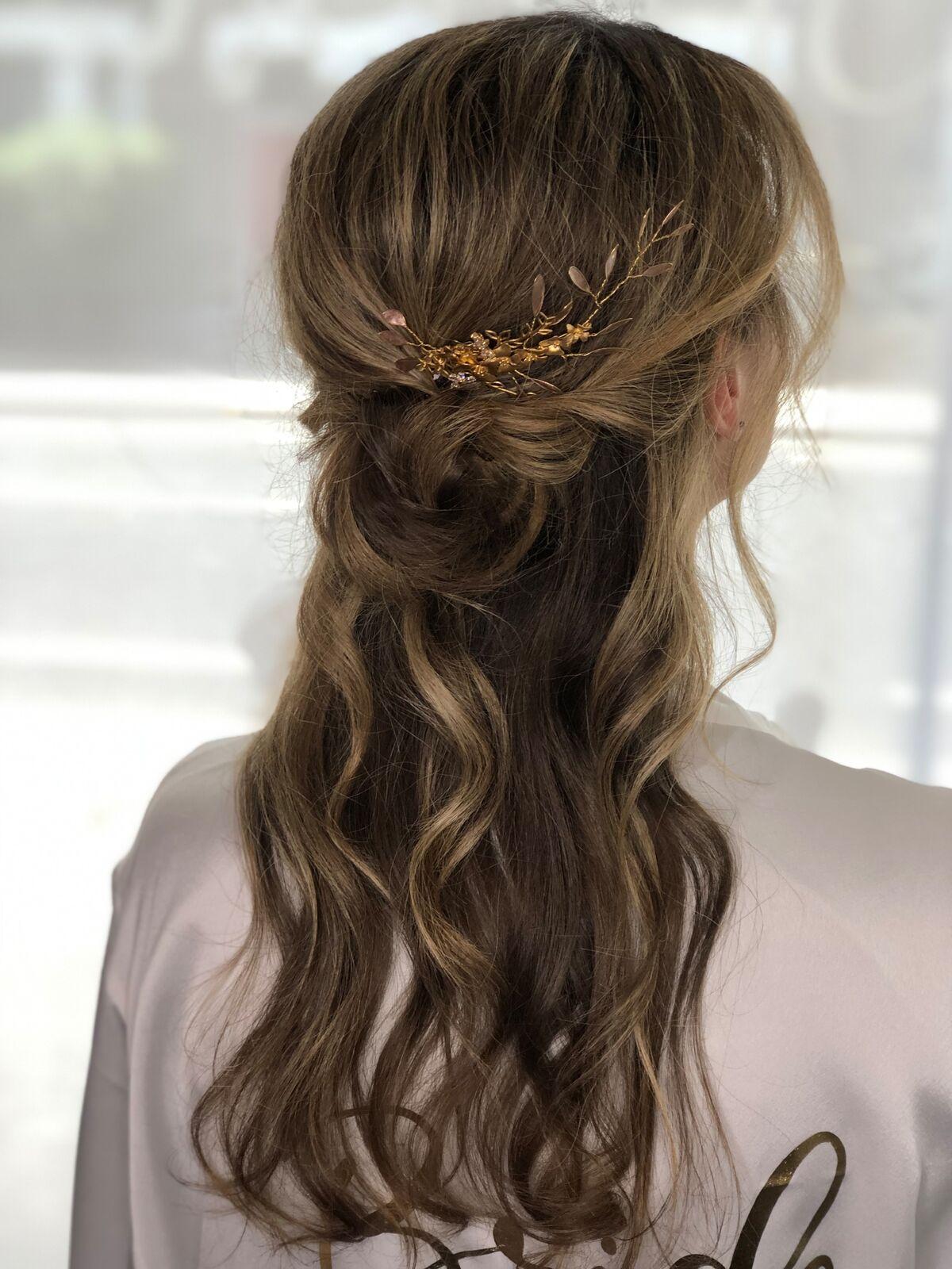 bridesmaid-boho-bridal-messy-half-up-half-down-wimbledon