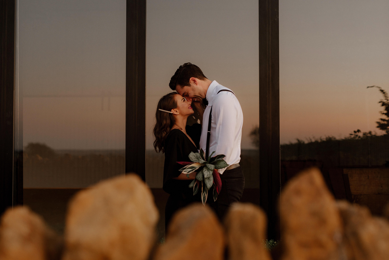 beautiful-wedding-photography-of-couple-at-sun-set-London