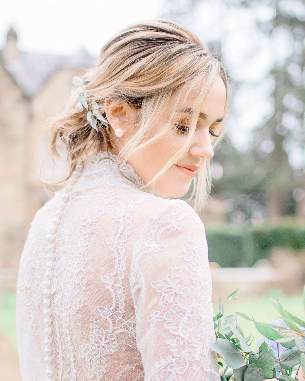 close-up-beautiful-bridal-hair-styles-London