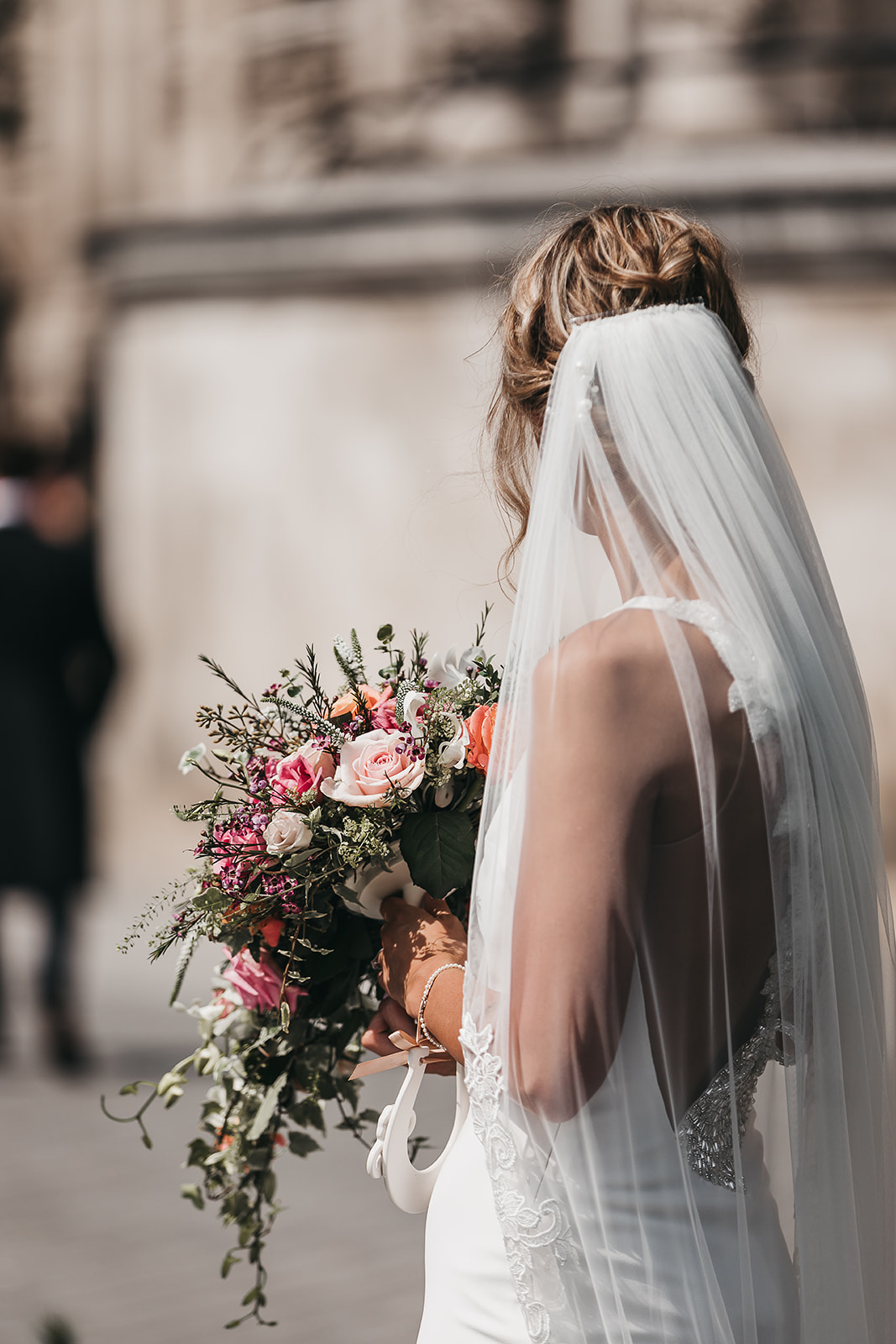 boho-bridal-hairstyle-and-veil-from-behind-south-london