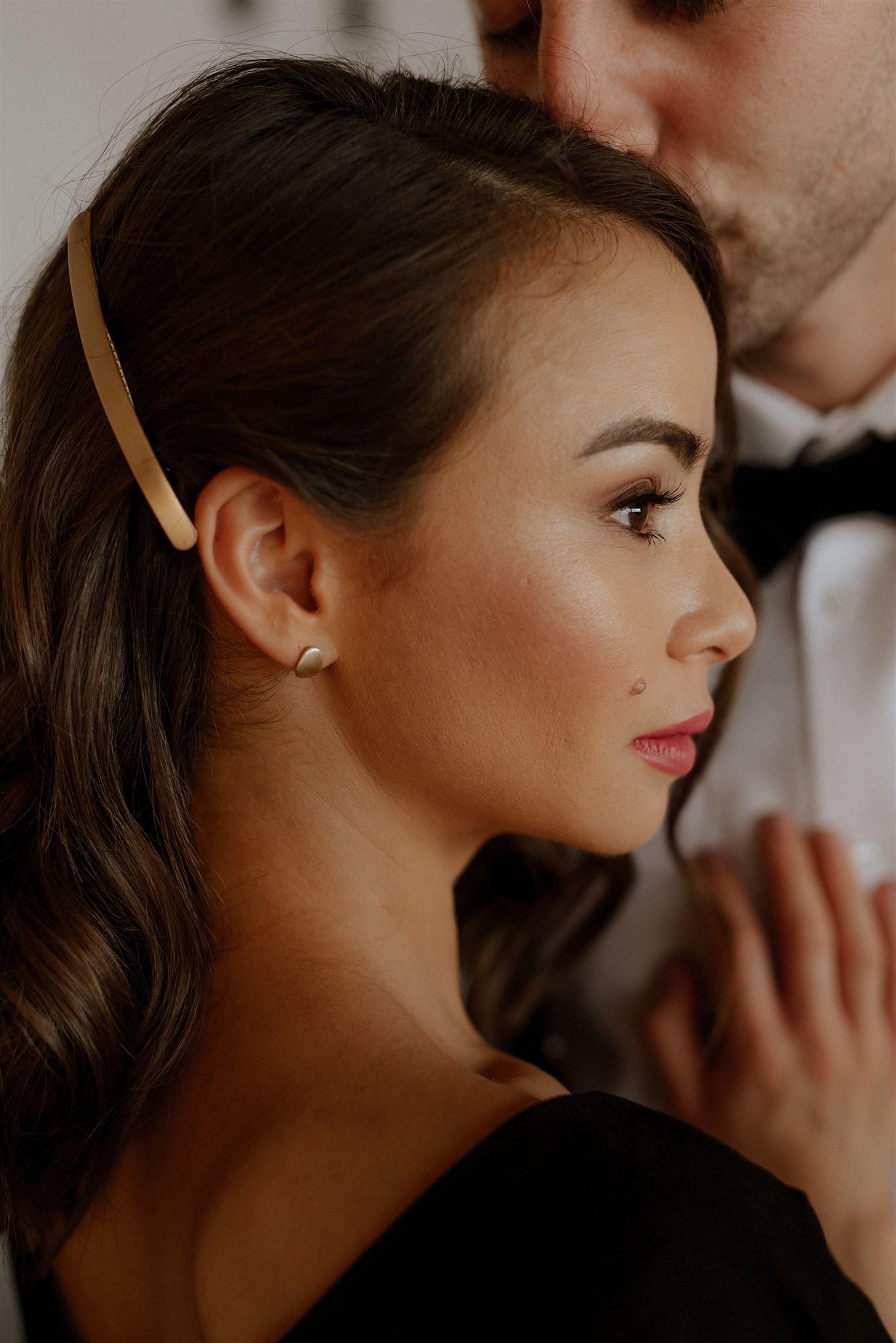 close-up-natural-modern-makeup-and-hair-Jo-Elizabeth-weddings-London