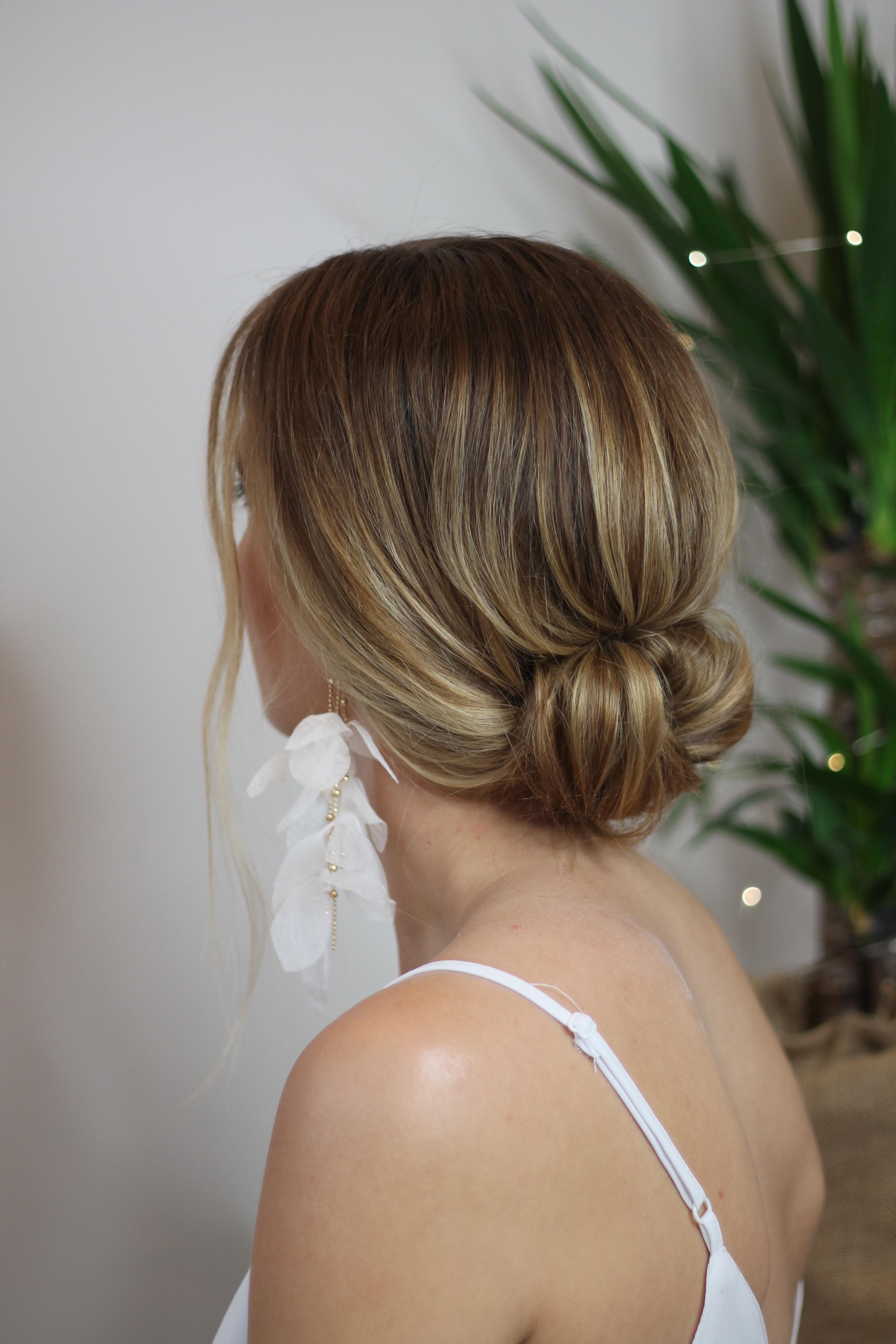 modern-classic-bridal-hair-style-London