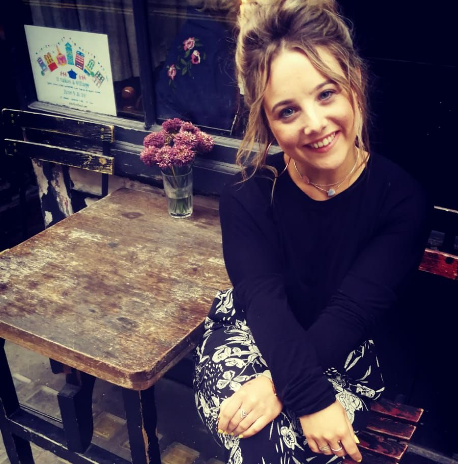 Meet-Jo-Elizabeth-ceo-and-makeup-artist