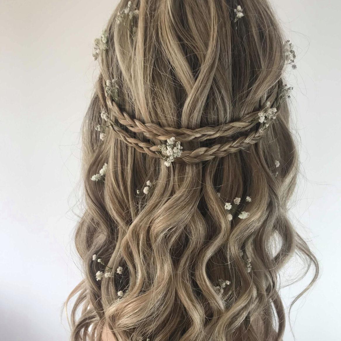 boho-bridal-hair-style-with-flowers-London