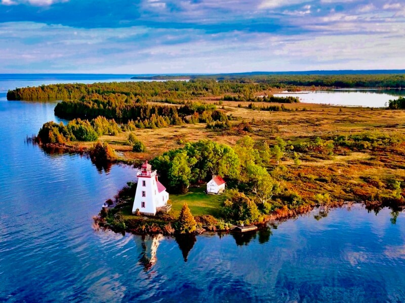 A great view of Strawberry Island Lighthouse on the way to Killarney.