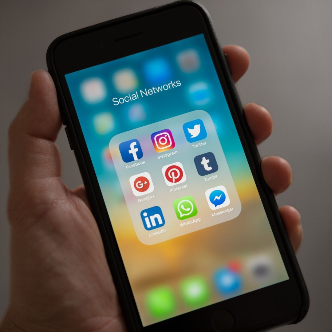 How To Handle Negative Comments on Social Media