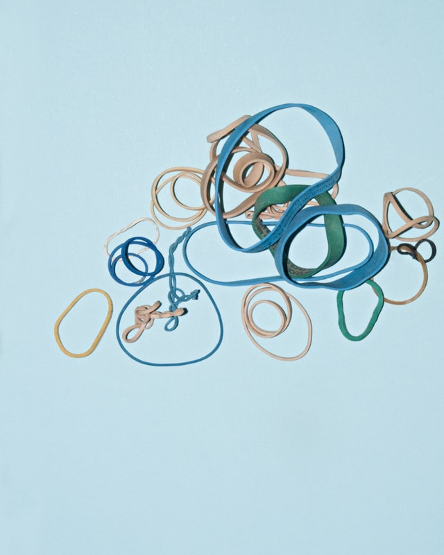 Various rubber bands to symbolically represent scattered thinking and racing thoughts