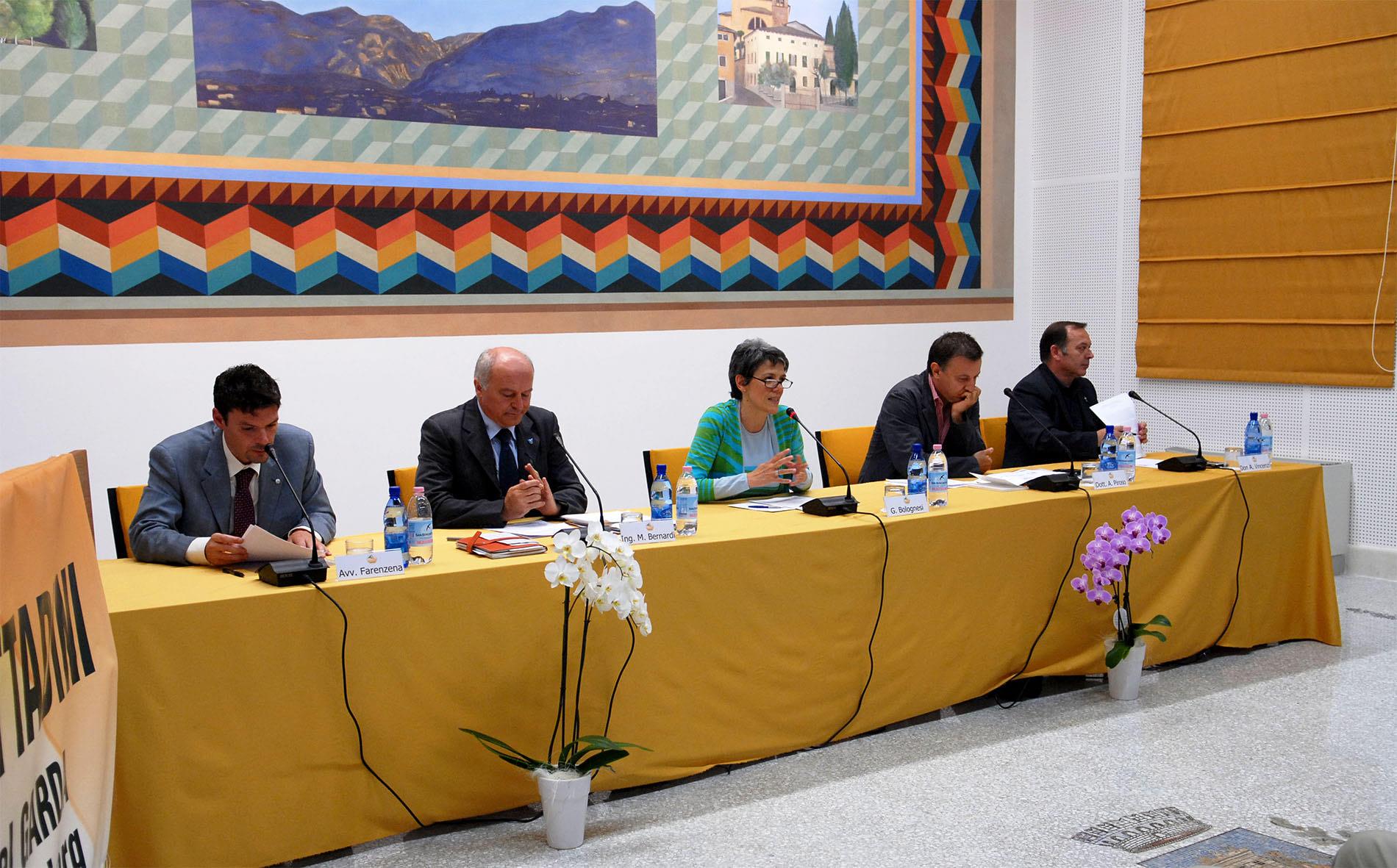 Foto ospiti tavola rotonda