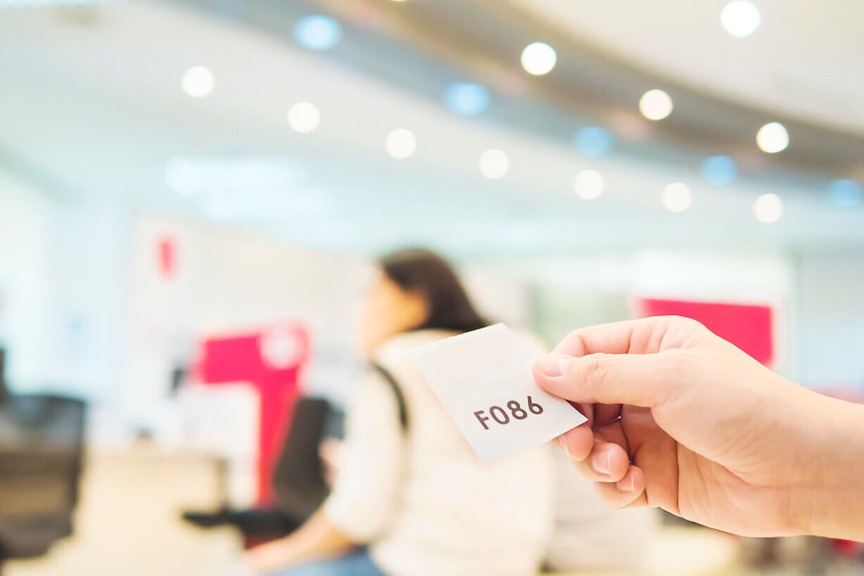 Software predice horarios de alta demanda en tiendas y sucursales para eliminar filas