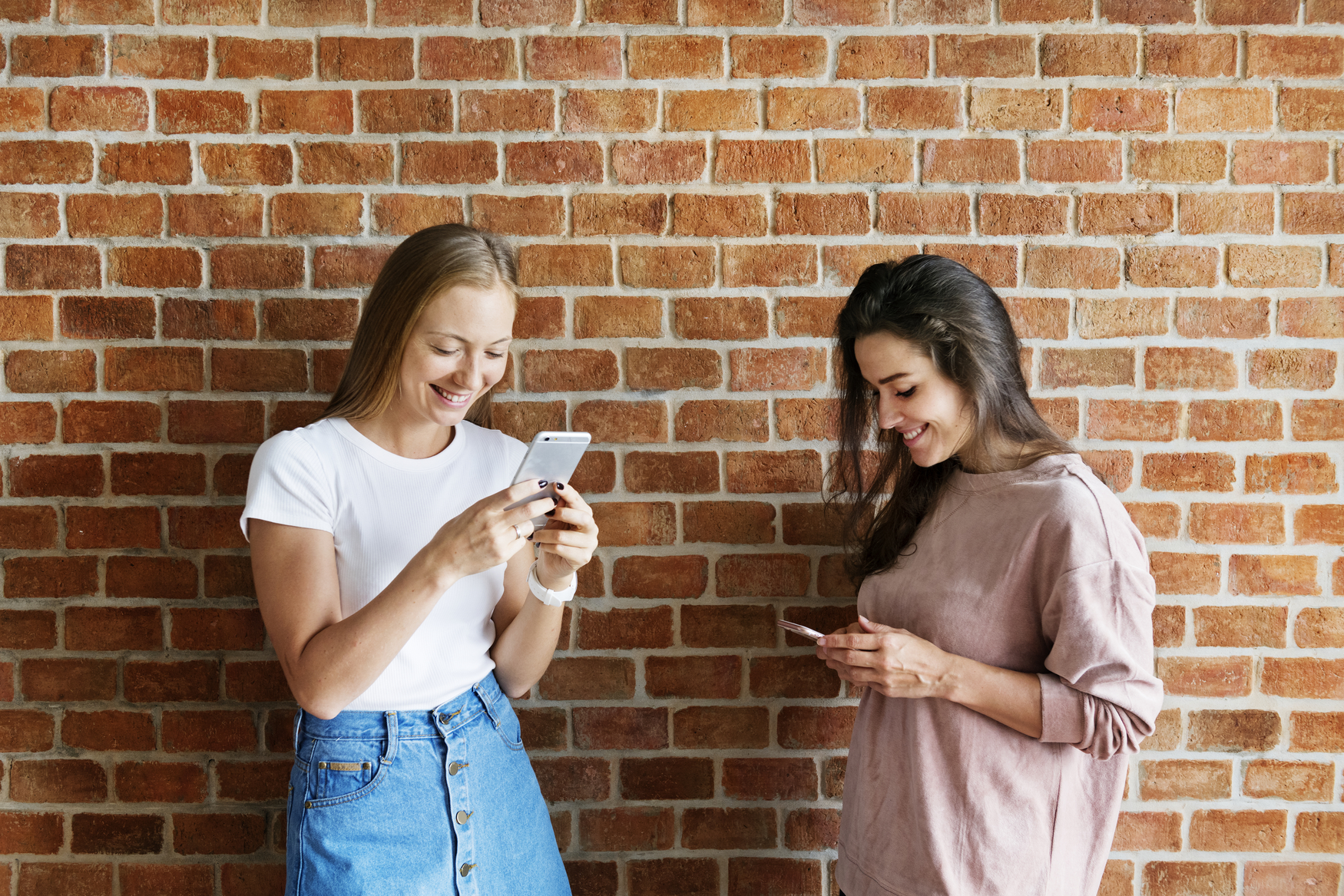 Gen Z Consumers Are All About Technology - Microswift
