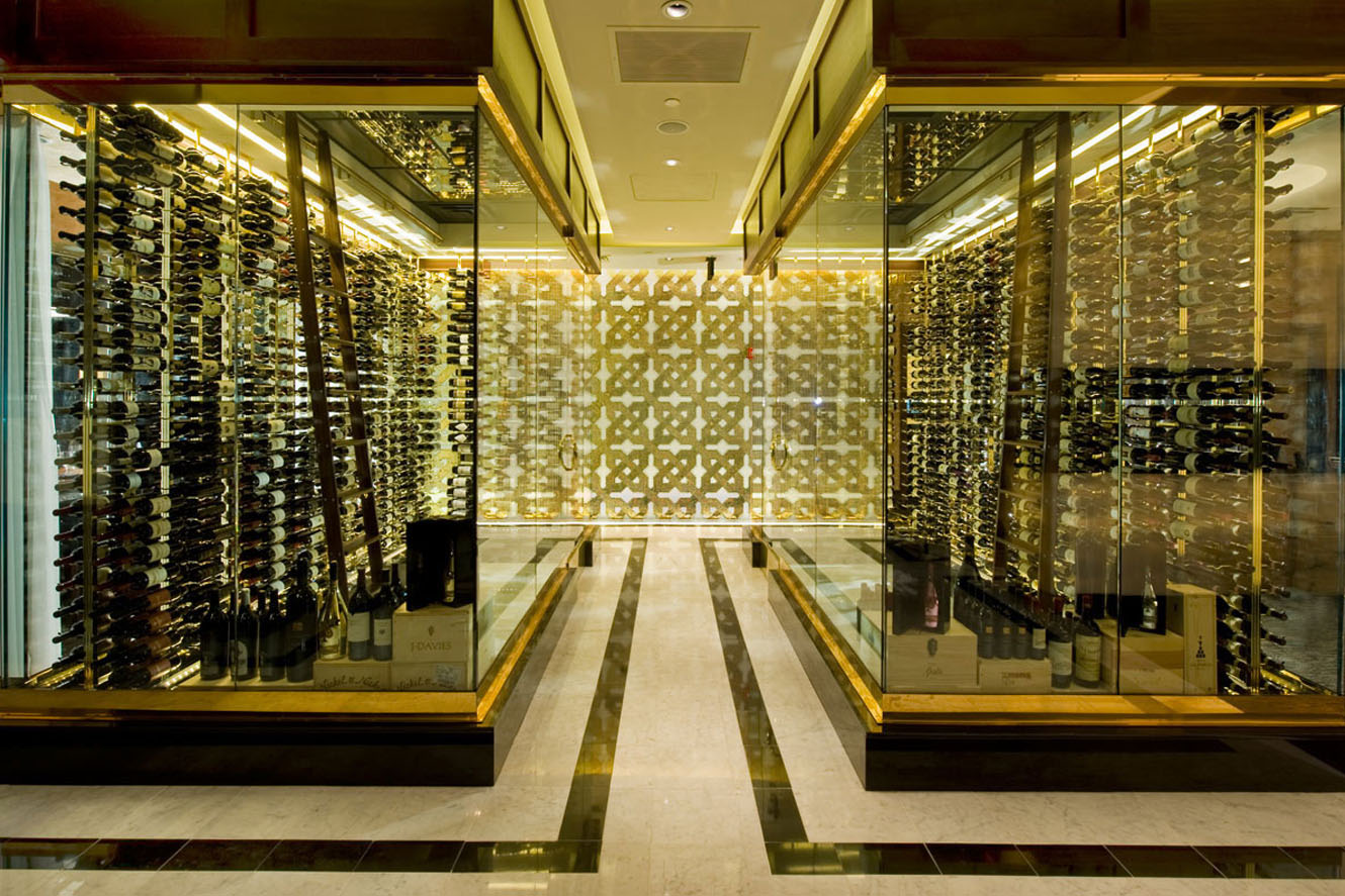 ... Glass Box Wine Cellar ...