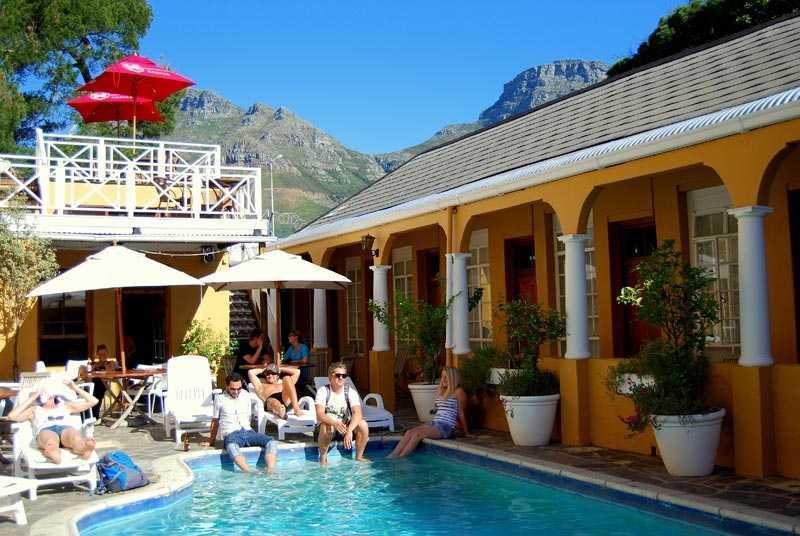 Ashanti-gardens-backpackers-Cape-Town-1