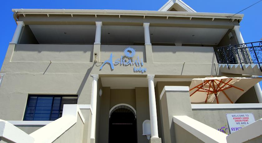 ashanti-lodge-greenpoint-backpackers-Cape-Town