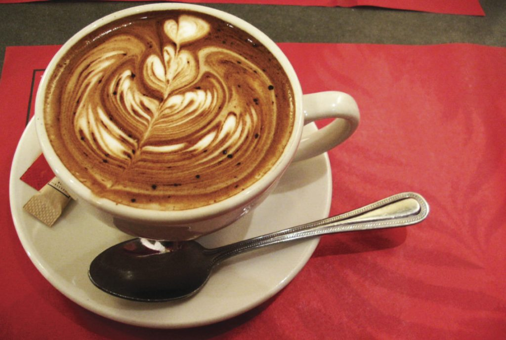 Beautiful-coffee-making-skills-by-barista