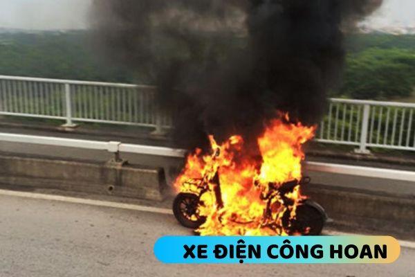 Xe đạp điện bị cháy do chập điện