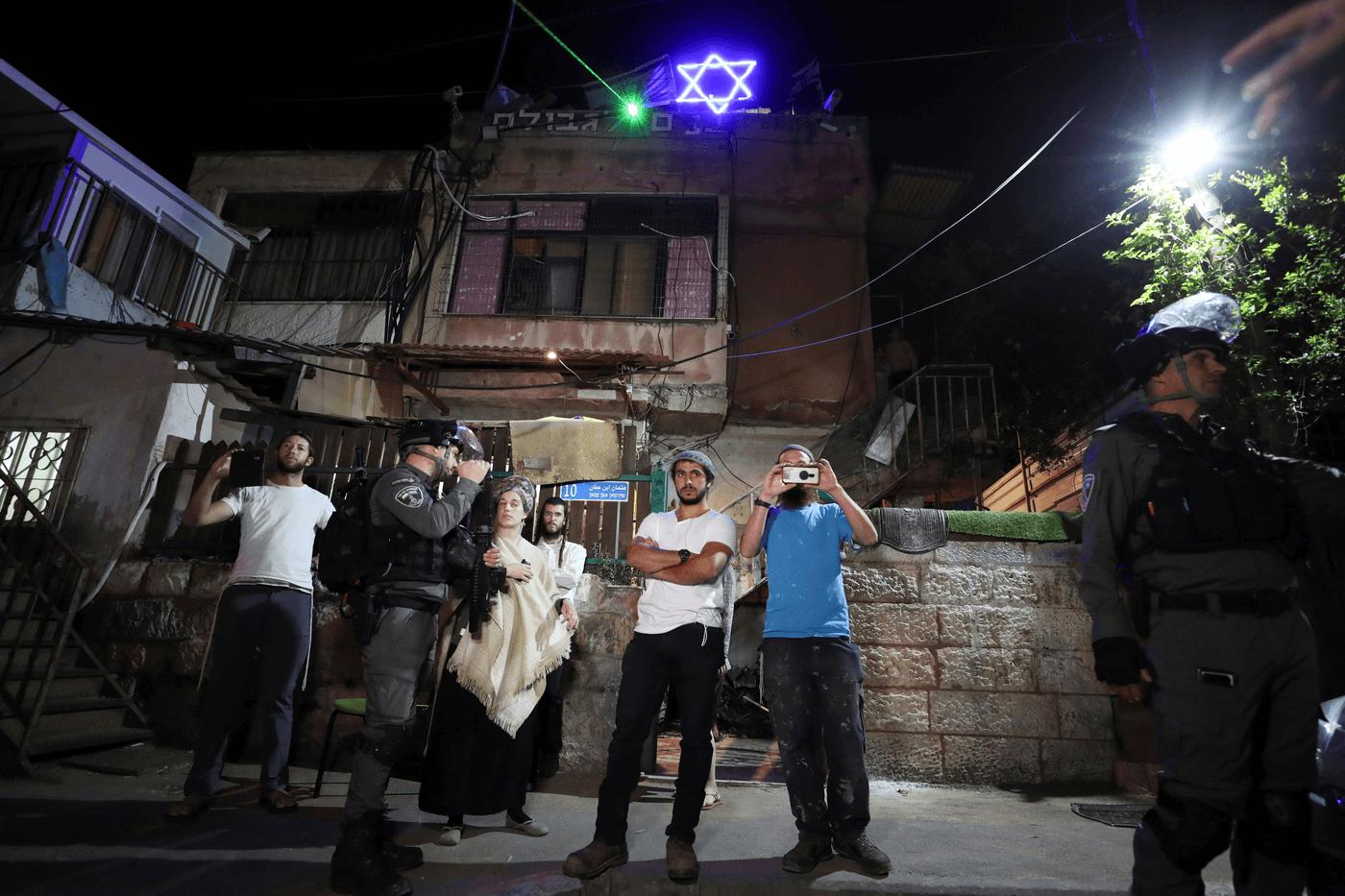 עימותים בשכונת שייח' ג'ראח בתחילת מאי. צילום: רויטרס