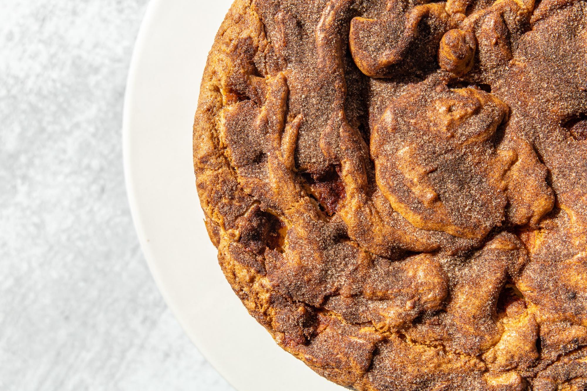 https://www.kitchenandaway.com/story/cinnamon-apple-cake