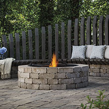 Outdoor Fireplace - Dell Outdoor