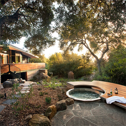Hot tub - Dell Outdoor