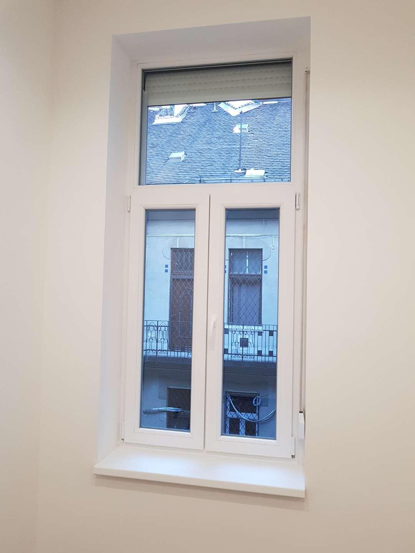 uj ablak 12