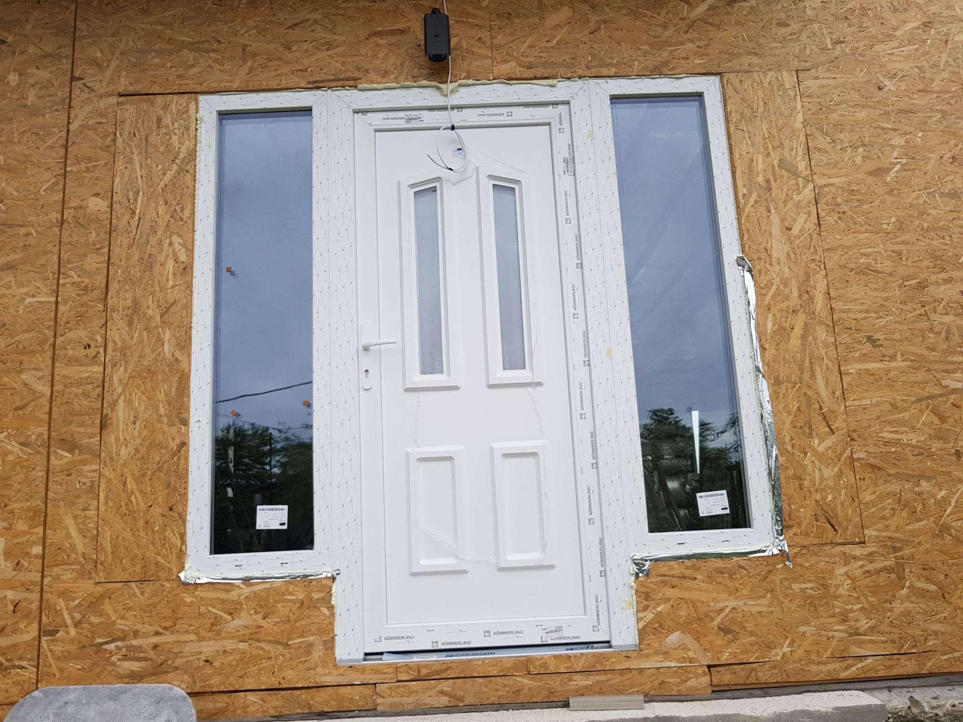 Új bejárati ajtó