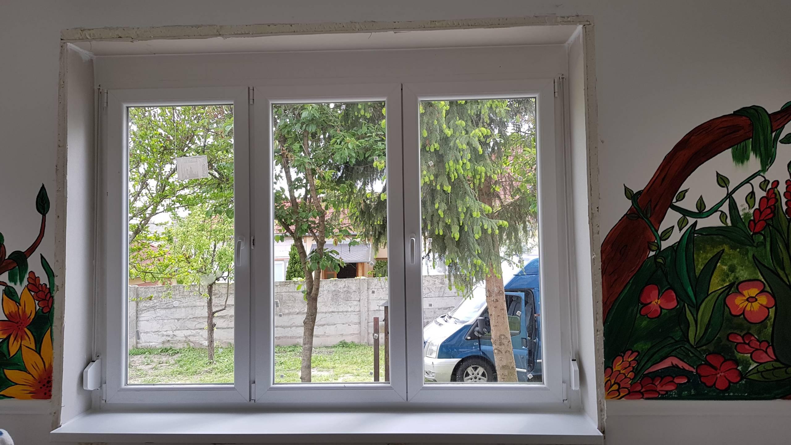 Három részes ablak
