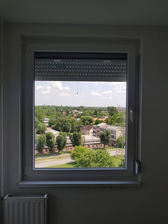 Új ablak beépítve