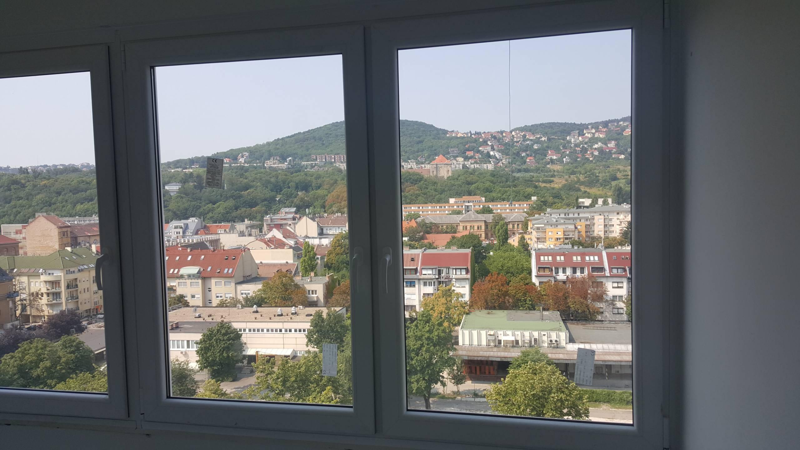 Ablakcsere panel lakásban