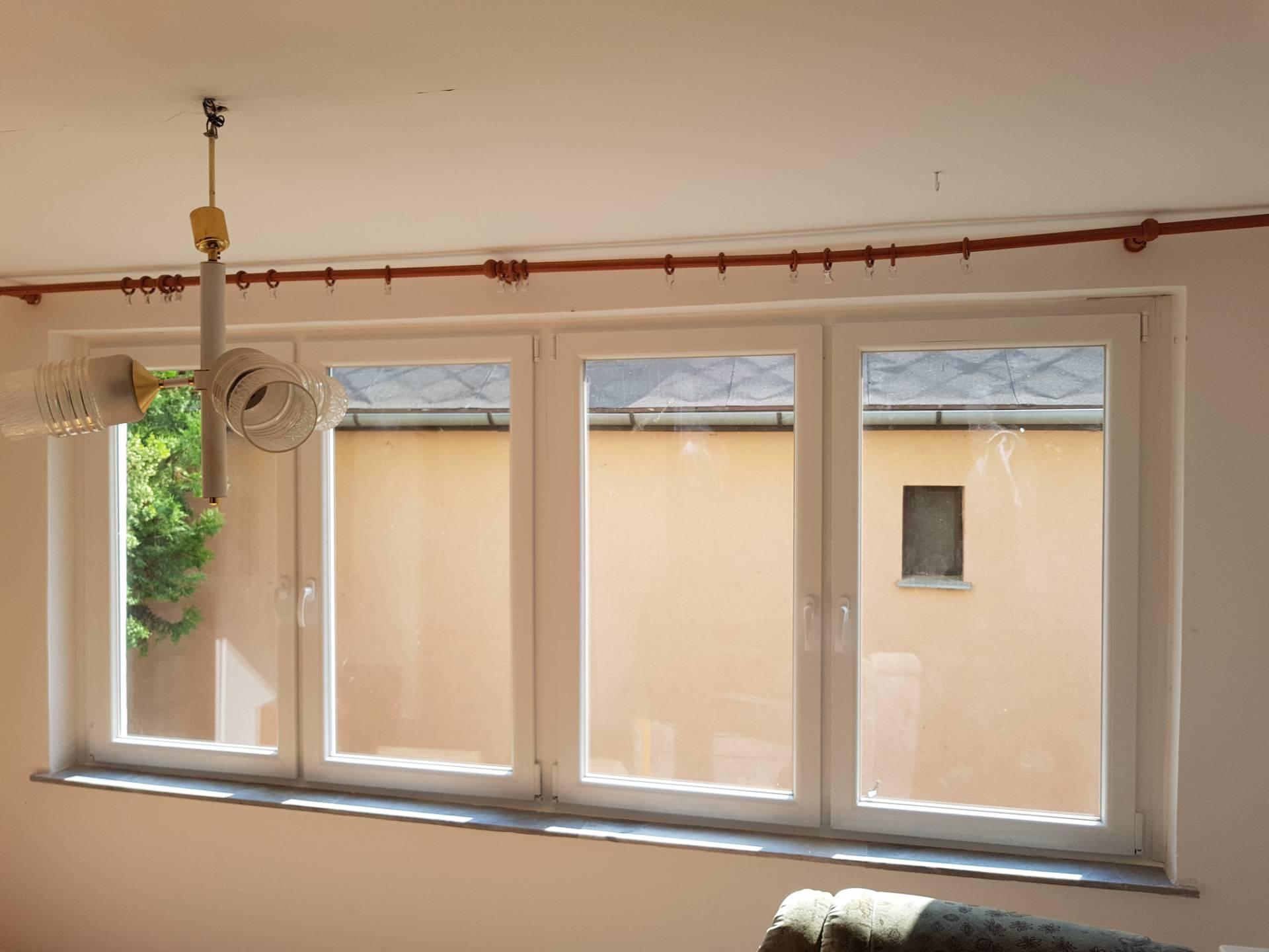 Fényes szoba új ablakokkal