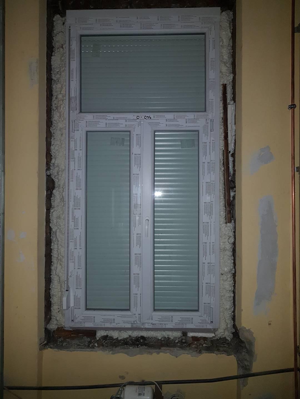 Új ablak és redőny