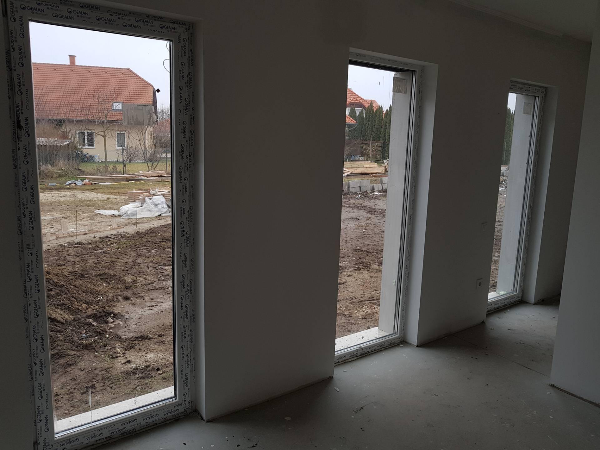Új falnyílásba építés 4