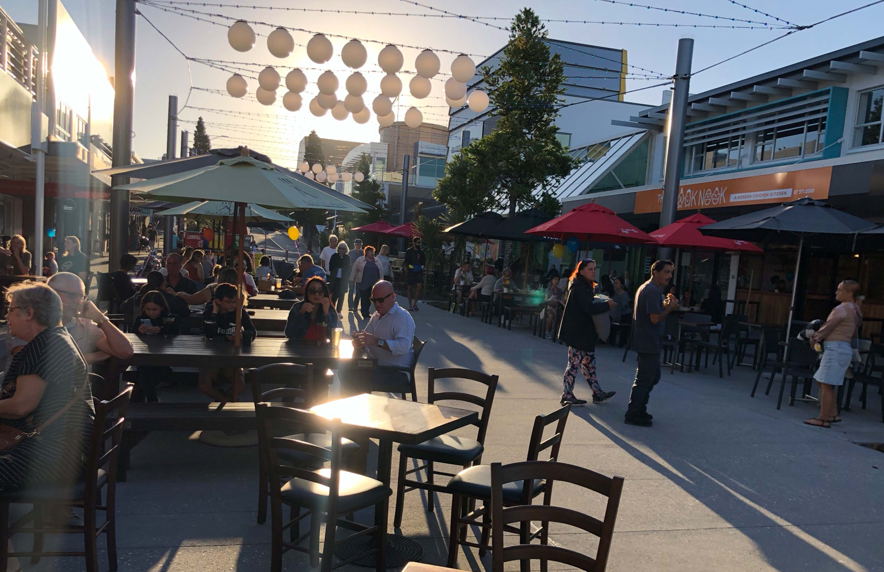 People enjoying Friday night on Warf Street, Tauranga