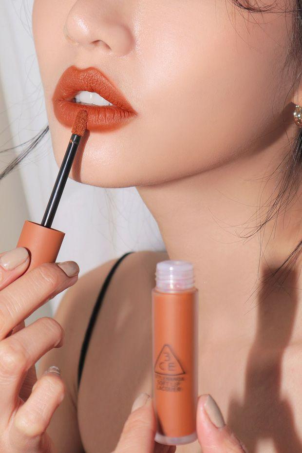 Màu Tawny Red của bộ sưu tập 3CE Soft Lip Lacquer