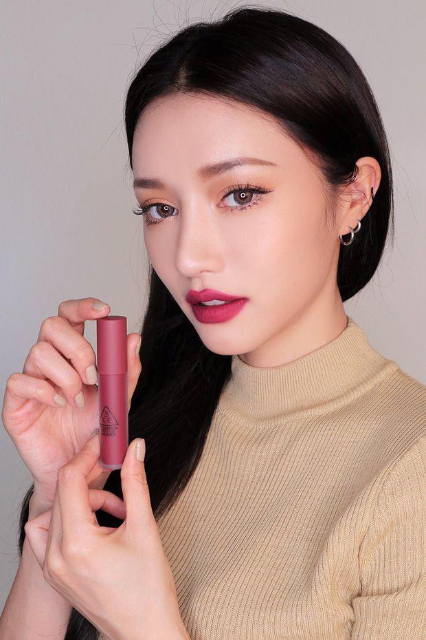Màu Midnight Bottle của bộ sưu tập 3CE Soft Lip Lacquer