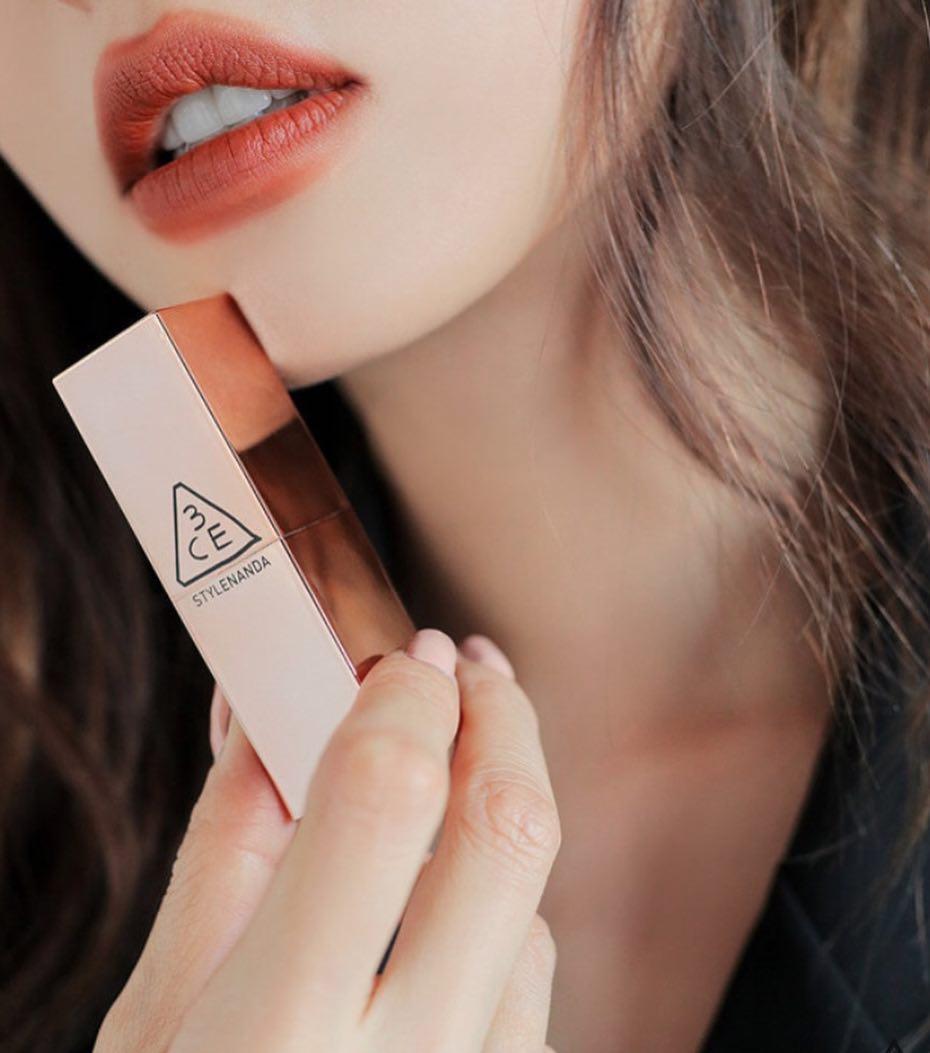 Mức giá phù hợp của 3CE Matte Lip Color giúp bạn có thể dễ dàng sở hữu sản phẩm