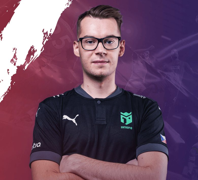 Huhnak Crowned Slovak FIFA PRO League Champion