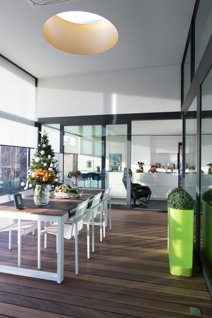 Woning in Sint-Amandsberg minimalistisch interieur living met lichtkkoepel