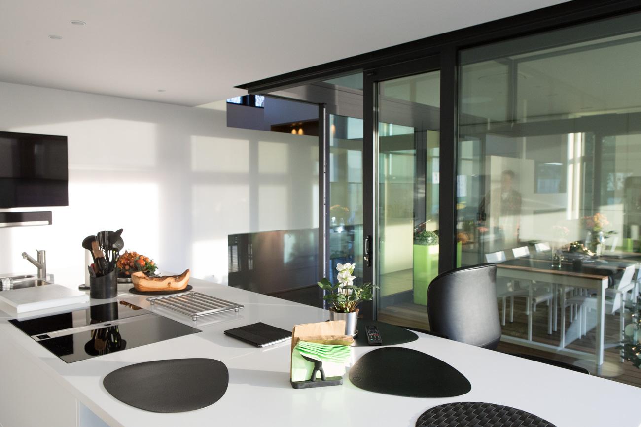Woning in Sint-Amandsberg minimalistisch interieur open keuken eiland