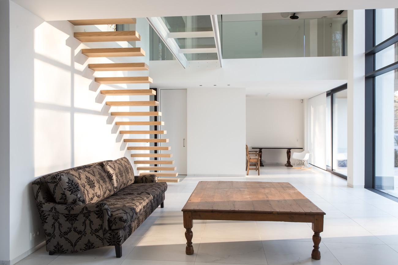 Woning Waasmunster minimalistisch interieur living vide